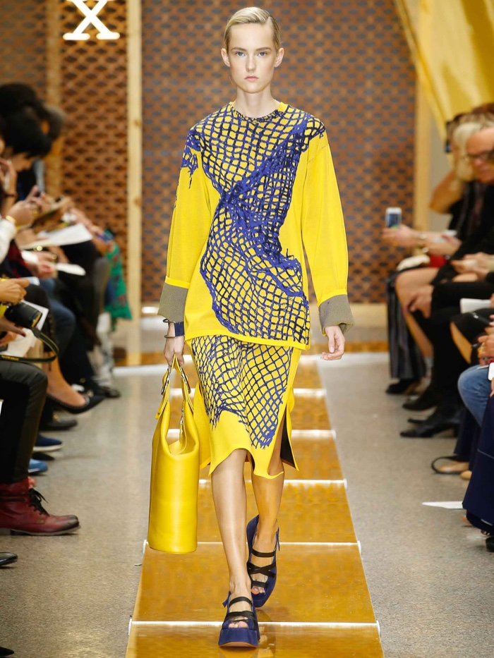 A look from Sportmax's spring-summer 2016 collection