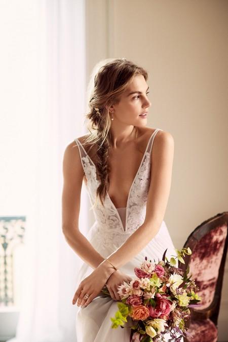 Svetlana Lazareva Models Gorgeous Wedding Gowns for Brides Magazine
