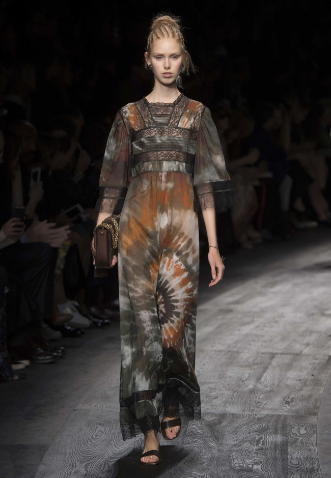 A look from Valentino's spring 2016 collection
