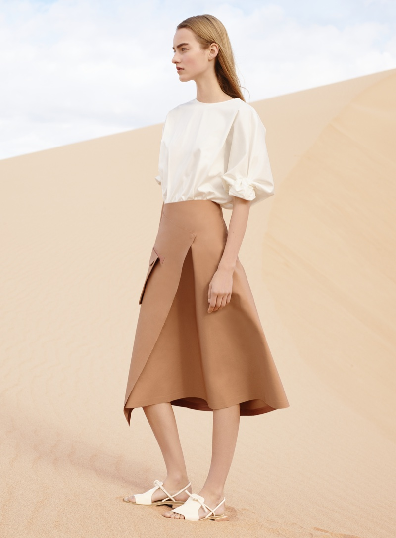 COS Sets a Desert Scene with Spring 2016 Campaign