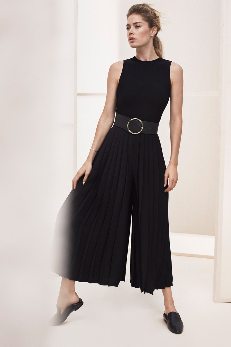 Doutzen Kroes poses in high-waist culottes from Massimo Dutti's New York collection
