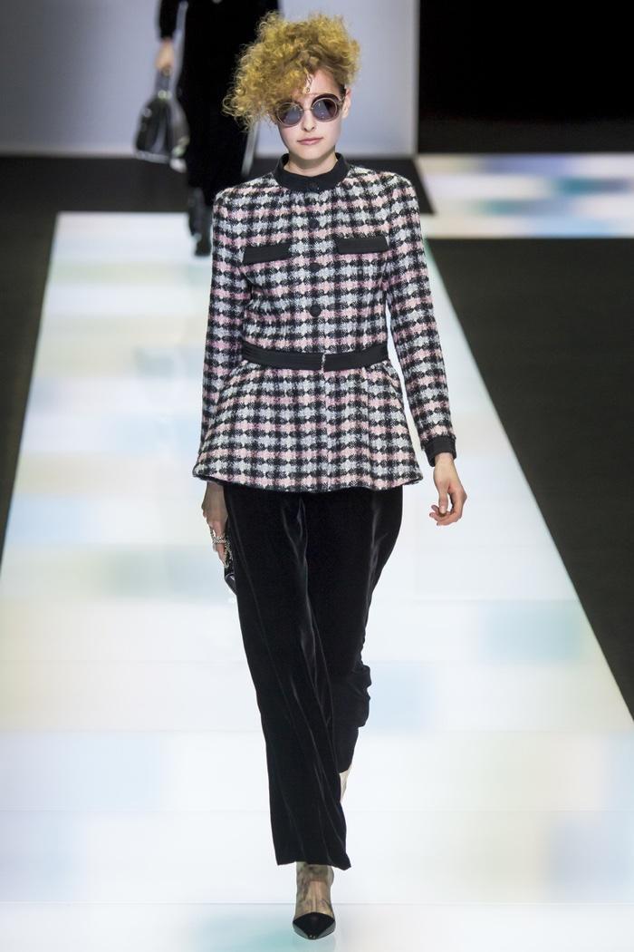 Giorgio Armani Fall 2016 - Milan Fashion Week