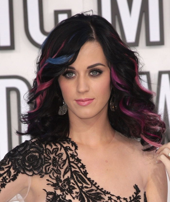 Katy Perry stepped out to attend the 2010 MTV Music Awards with blue and pink highlights in her black hair. Photo: Everett Collection / Shutterstock.com