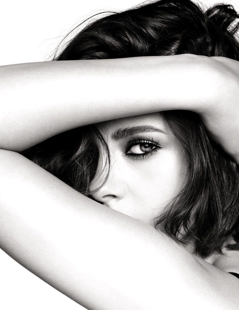 Kristen Stewart to Front Chanel Makeup Campaign