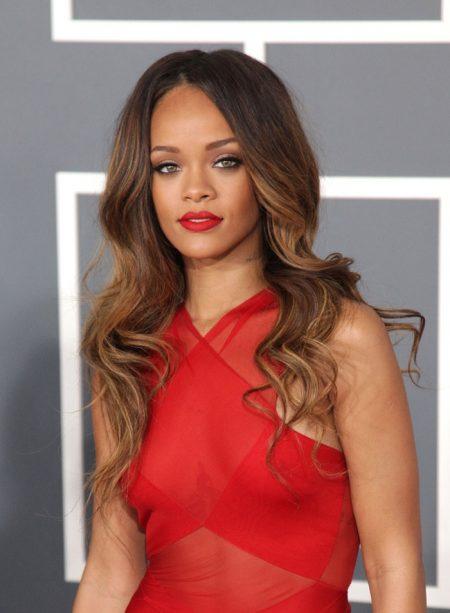Rihanna Hairstyle Timeline: RiRi's Long & Short Hairstyles