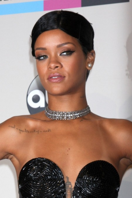 Rihanna gave a new twist to a short hairstyle at the 2013 American Music Awards by wearing bobby pins. Photo: Everett Collection / Shutterstock.com