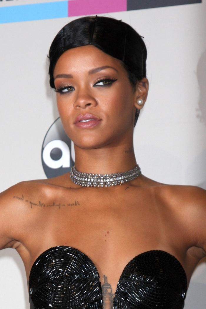 Awe Inspiring Rihanna Hairstyles Photos Of Rihanna39S Best Hair Moments Short Hairstyles Gunalazisus