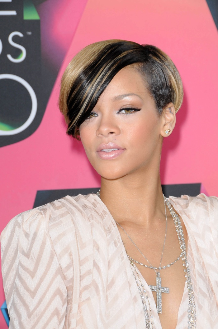 Fabulous Rihanna Short Blonde Black Hairstyle Short Hairstyles For Black Women Fulllsitofus