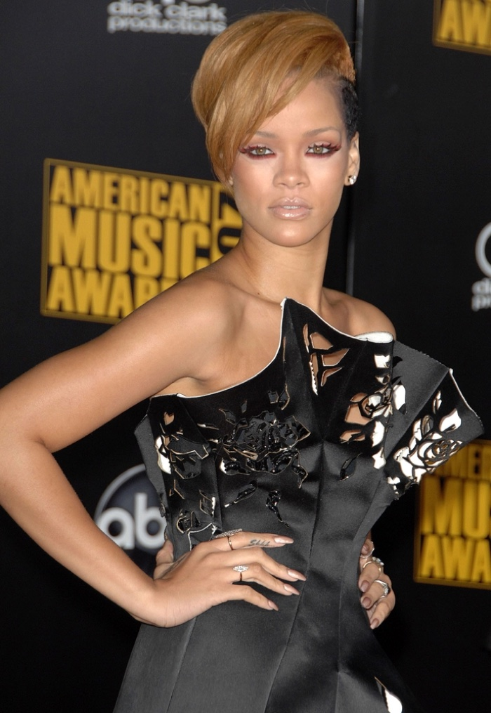 Fast forward to 2009 and Rihanna looked rocker chic with a short blonde haircut at the American Music Awards. Photo: Everett Collection / Shutterstock.com