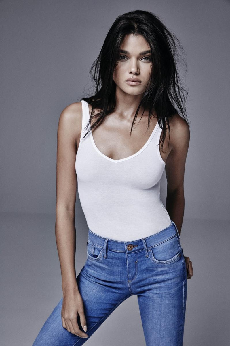 Daniela Braga Nude Photos 41