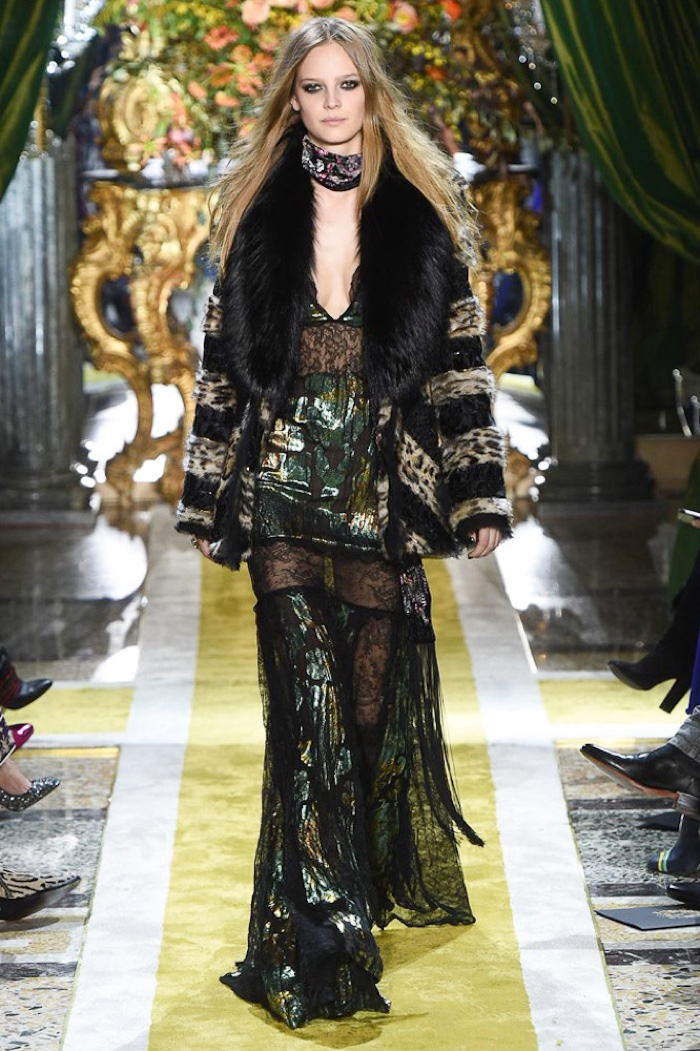 A look from Roberto Cavalli's fall-winter 2016 collection