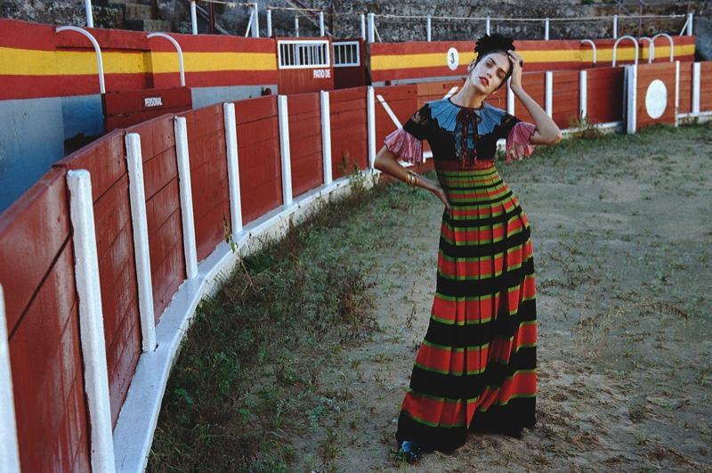 Amanda models Gucci dress with stripes