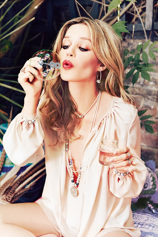Ever the free spirit, Georgia May blows bubbles in Thomas Sabo's spring 2016 campaign