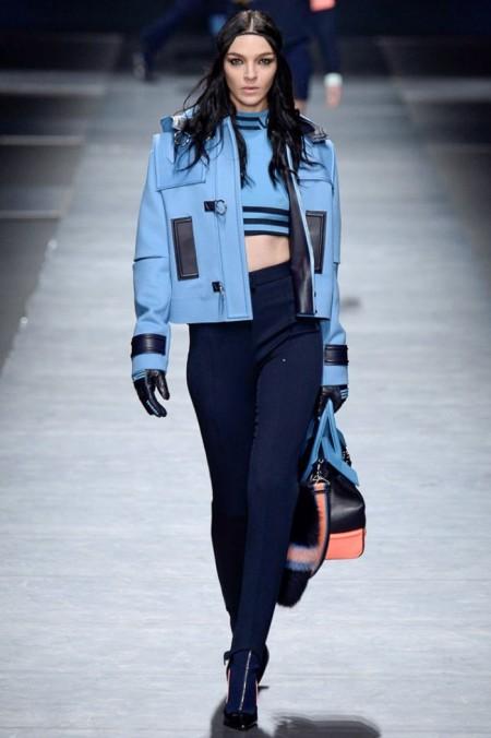 Versace Fall 2016 | Milan Fashion Week