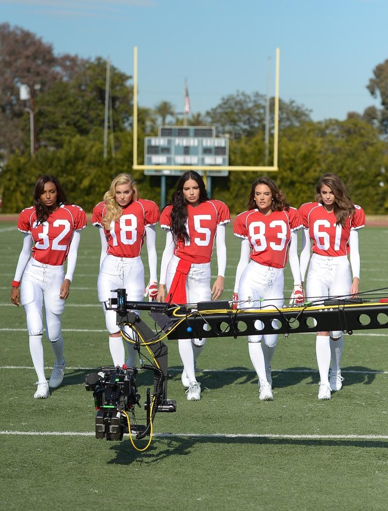 Adriana Lima, Alessandra Ambrosio, Jasmine Tookes, Elsa Hosk and Taylor Hill in Victoria's Secret Super Bowl 2016 Commercial