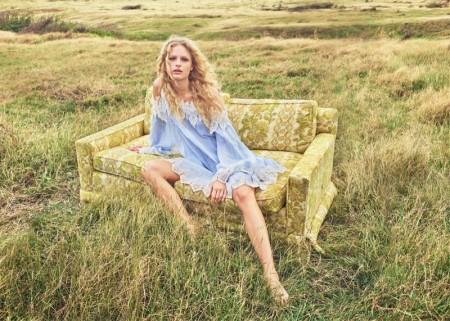 Zara Sets a Dreamy Scene for Spring 2016 Campaign