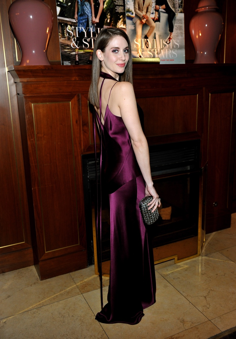 Alison Brie wears a purple Juan Carlos Obando dress at The Hollywood Reporter dinner. Photo: Getty Images
