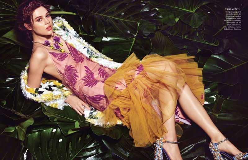 Anais Pouliot Embraces Tropical Prints in Vogue Mexico