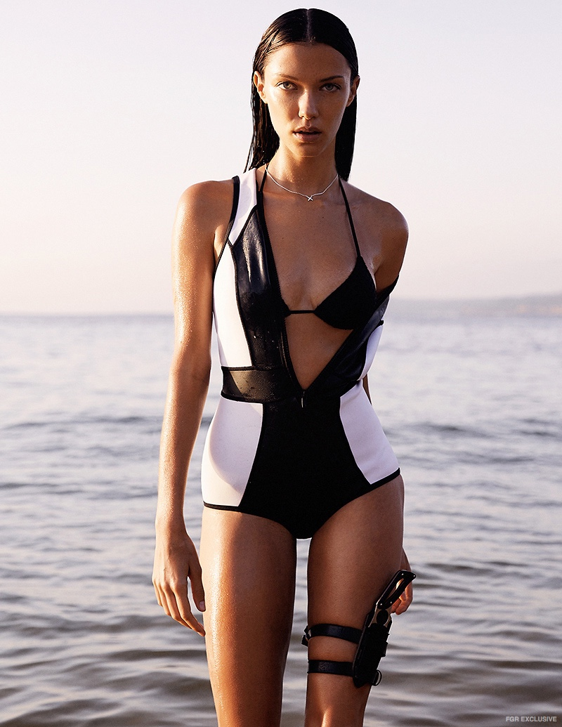 Paddle Suit Duskii, Bikini Midnight Swimwear and Necklace Liberte Design
