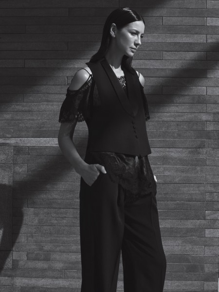'Outlander' Star Caitriona Balfe Goes Minimal for InStyle Magazine