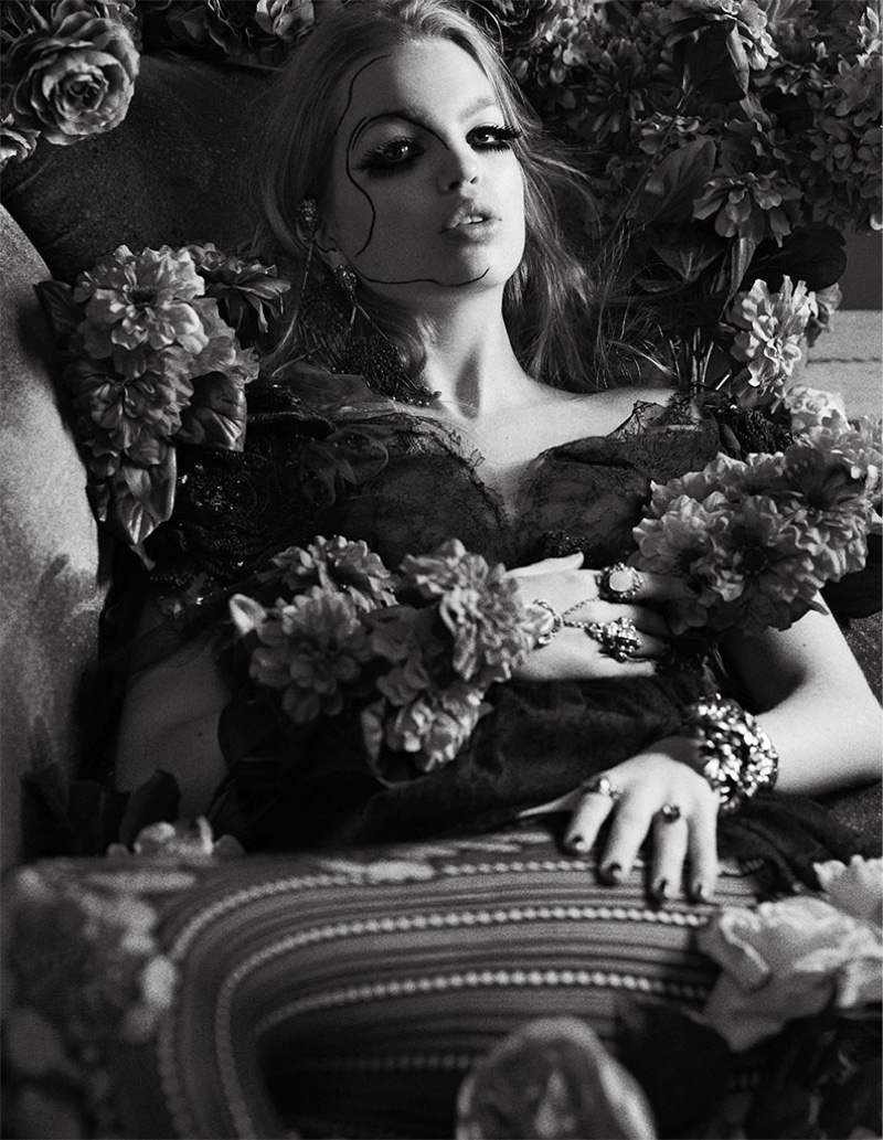 Daphne Groeneveld stars in Zoo Magazine's spring-summer issue