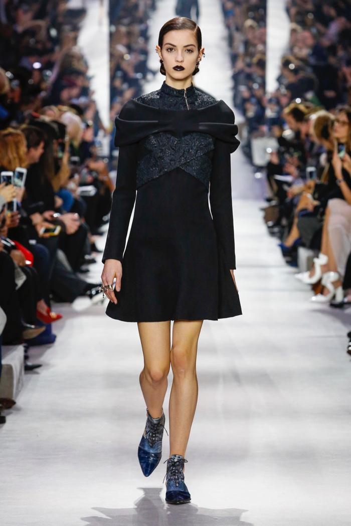 Dior-2016-Fall-Winter-Runway03
