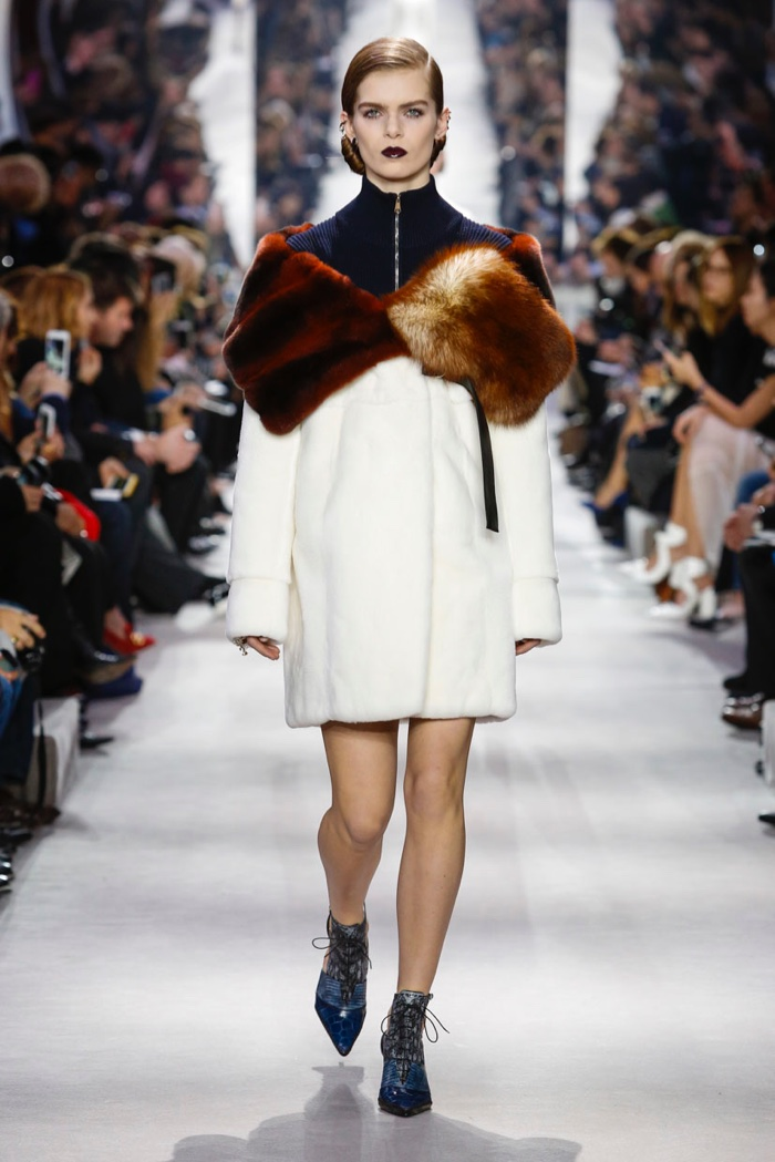 Dior-2016-Fall-Winter-Runway11