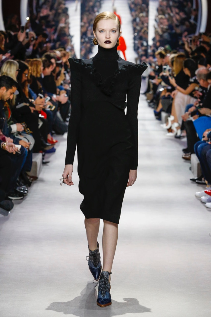 Dior-2016-Fall-Winter-Runway15