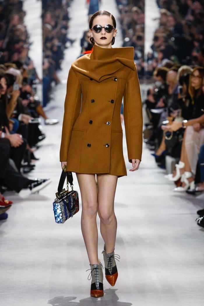 Dior-2016-Fall-Winter-Runway31