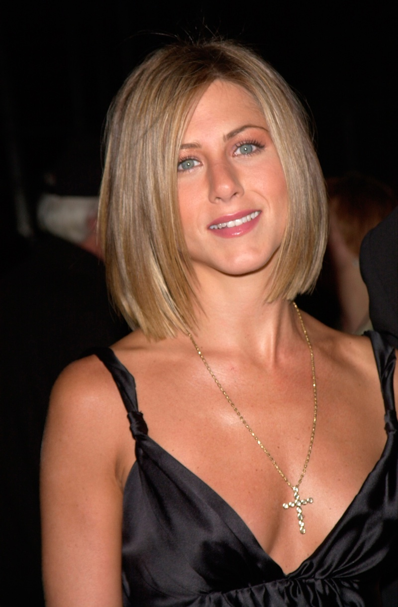Jennifer Aniston Hairstyles Haircuts And Hairstyles Male