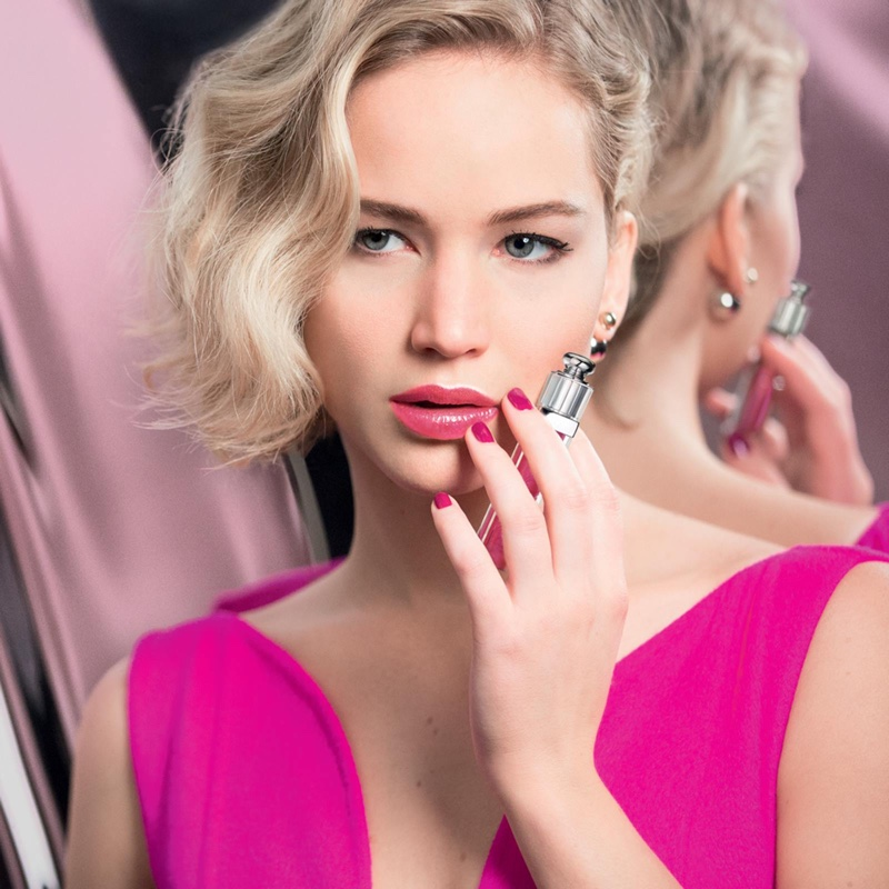 ShineDontBeShy Jennifer Lawrence Stars in Dior Addict Ultra-Gloss ... 8a7f063052553