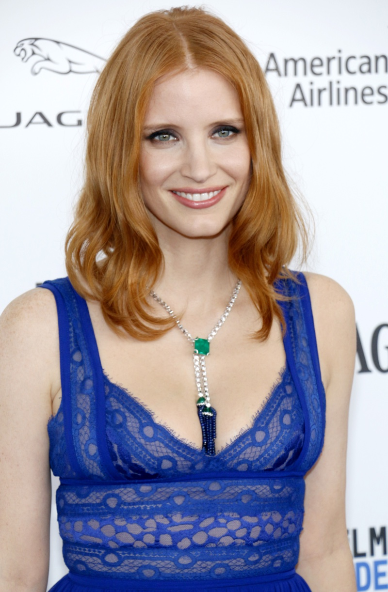 FEBRUARY 2016: Jessica Chastain attends the 2016 Independent Spirit Awards wearing a Piaget necklace. Photo: Tinseltown / Shutterstock.com
