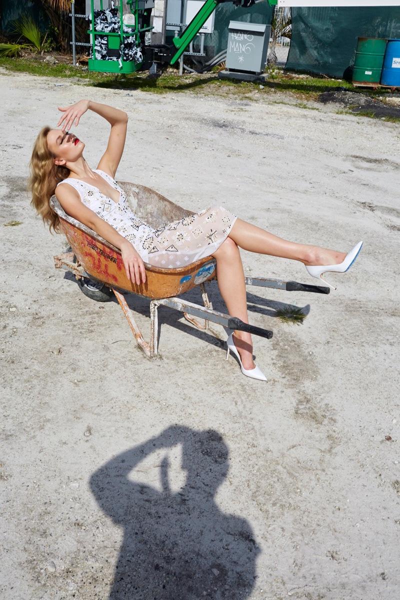 Karlie Kloss Heads To South Beach For Barneys Spring Ads