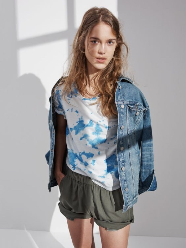 Madewell Cloud-Dye T-Shirt, Oversized Jean Jacket and Pull-On Shorts