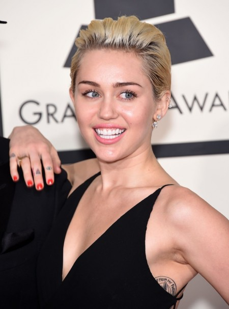 Miley Cyrus Hairstyle Timeline: From Long to Short
