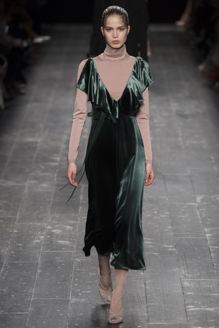 Valentino features a ballerina inspired turtleneck with a green velvet dress on fall 2016 runway