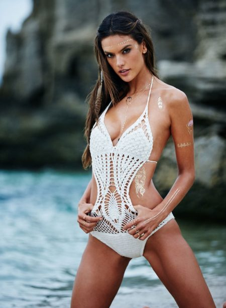 Alessandra Ambrosio models Glimmer Forever on Vacation body art
