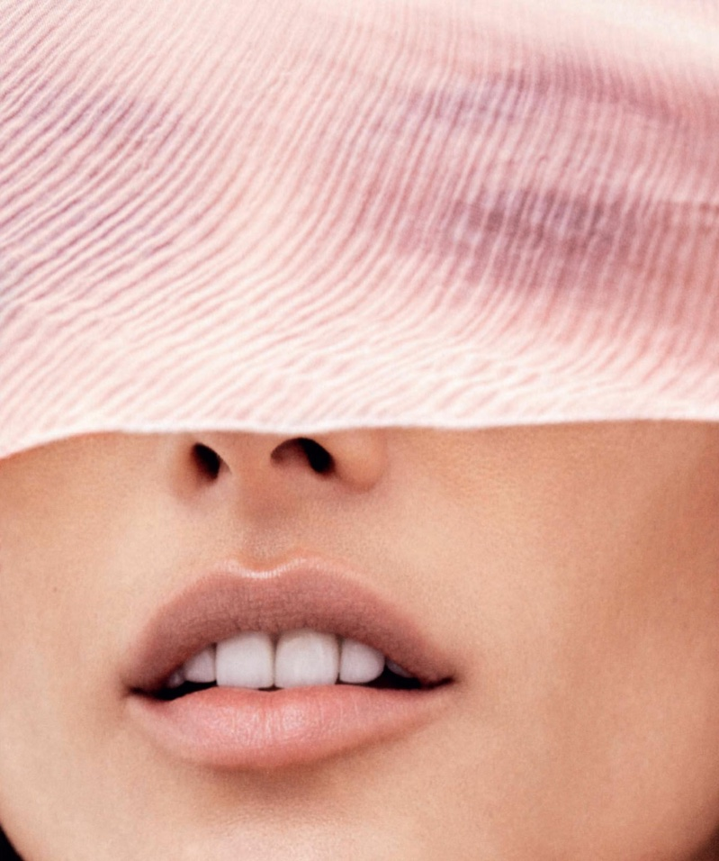 Alessandra Ambrosio stuns in this closeup image