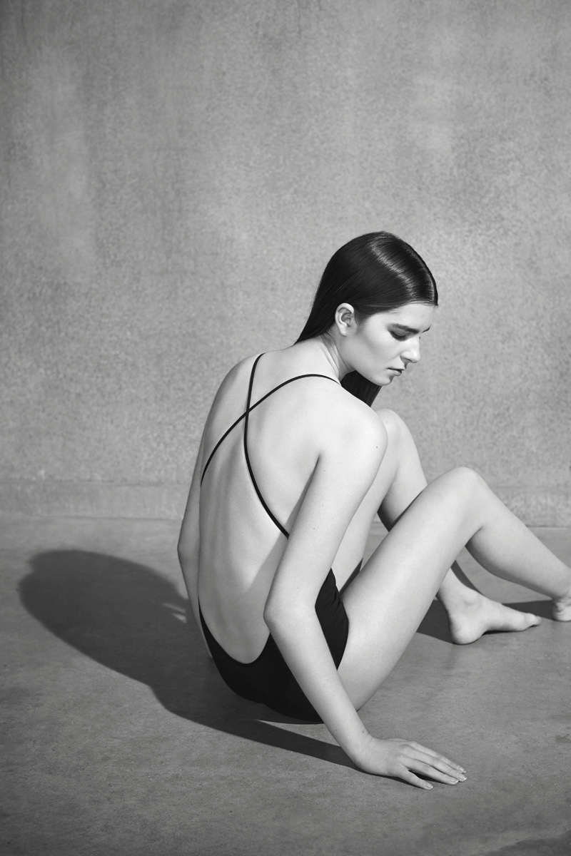 COS introduces swim 2016 collection
