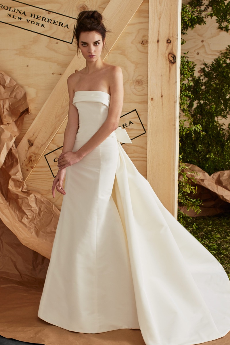 The Arielle gown from Carolina Herrera Bridal's spring 2017 collection is made of silk faille