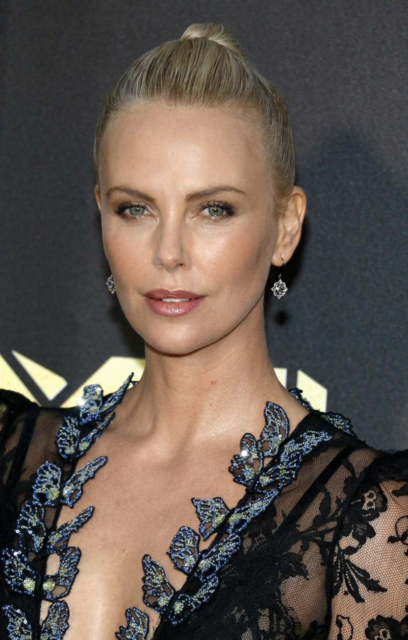 Charlize Theron V Magazine 101 Photoshoot