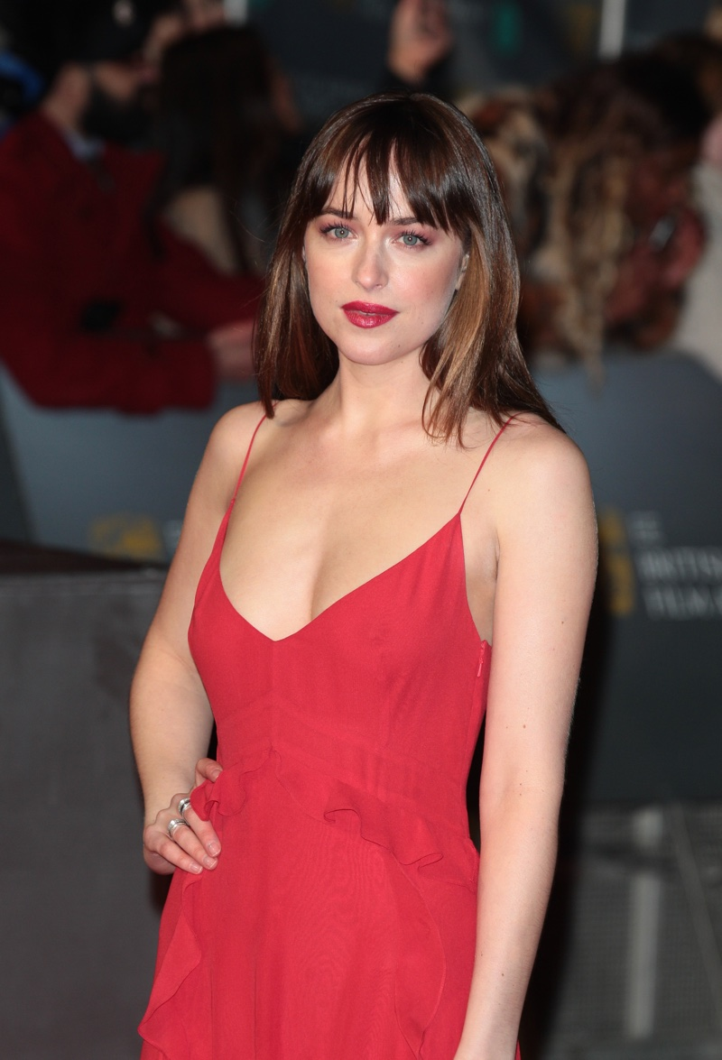 Dakota-Johnson-2016-BA...