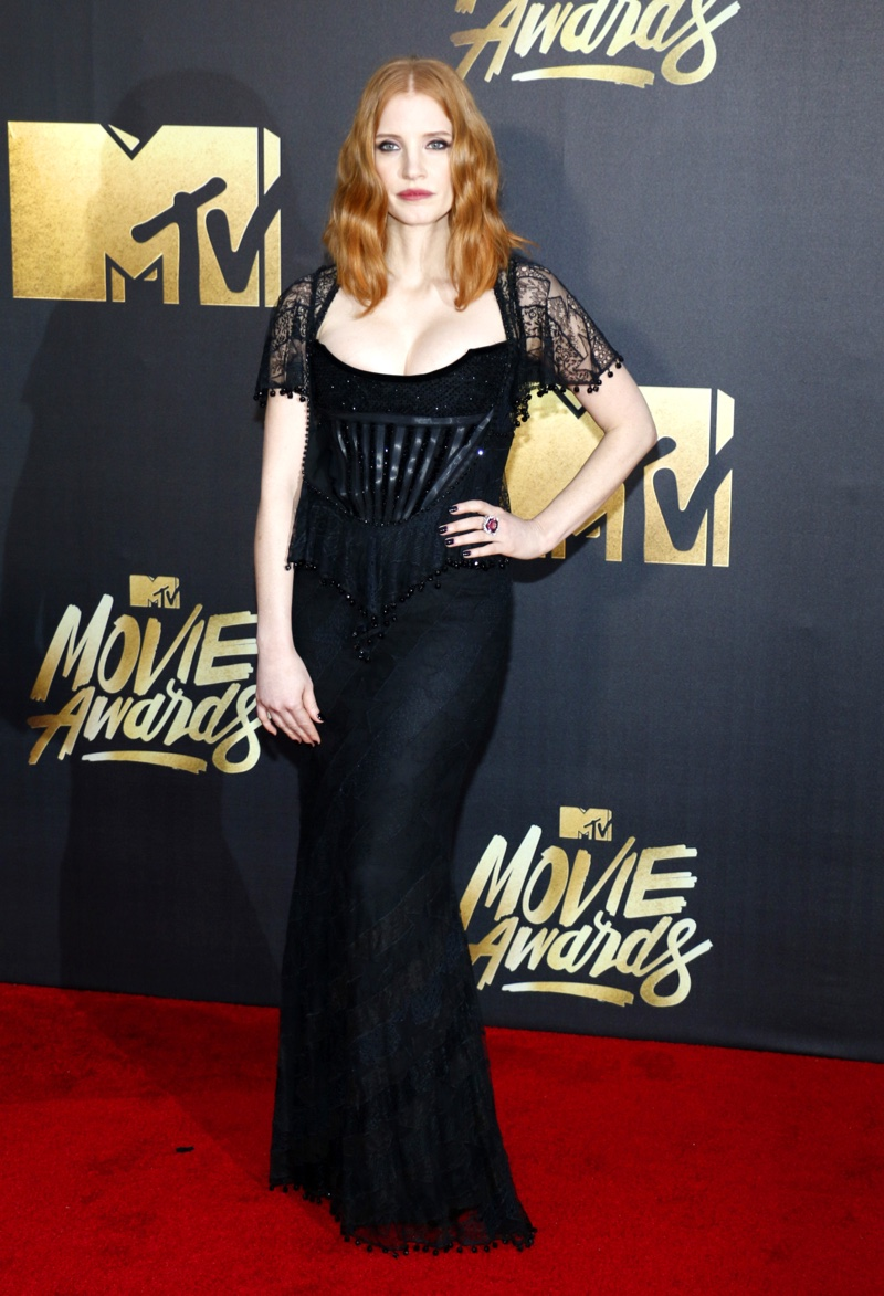 Jessica Chastain hit the red carpet in a black Givenchy gown and Piaget jewelry. Photo: Tinseltown / Shutterstock.com