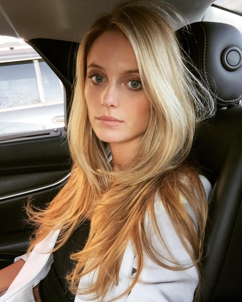 Kate Bock Wears Lounge-Worthy Looks for Woman Spain ...