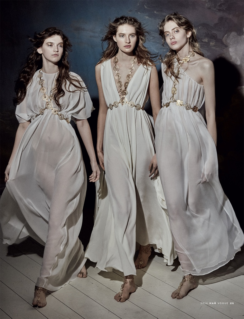 Mariano vivanco captures heavenly haute couture for vogue for Haute couture photoshoot