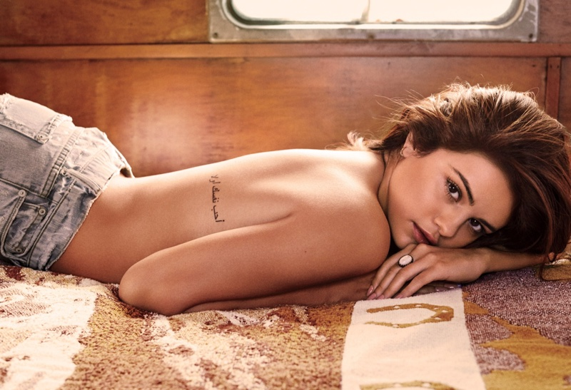 Selena Gomez poses topless for the sultry photo shoot