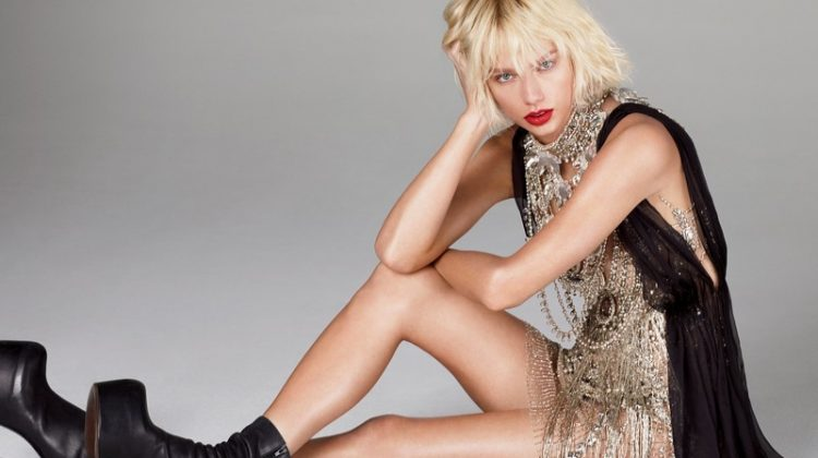 Taylor Swift Looks Like You Have Never Seen Her Before in Vogue
