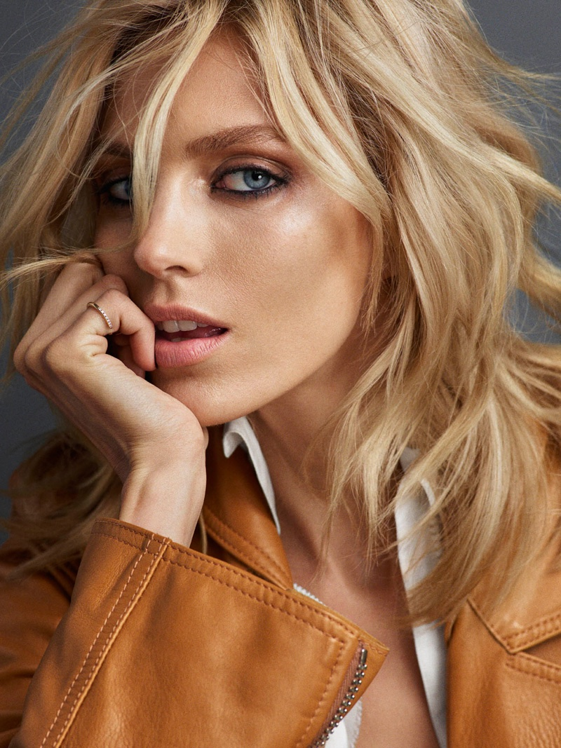 Anja Rubik Poses In Casual Looks For Vogue Portugal Cover