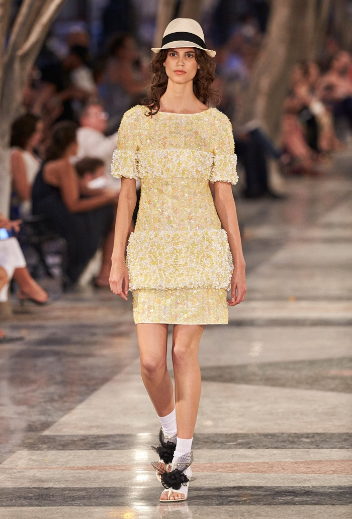 Antonina Petkovic Walks Chanel S Cruise 2017 Show Wearing An Embellished Dress With A Panama Hat