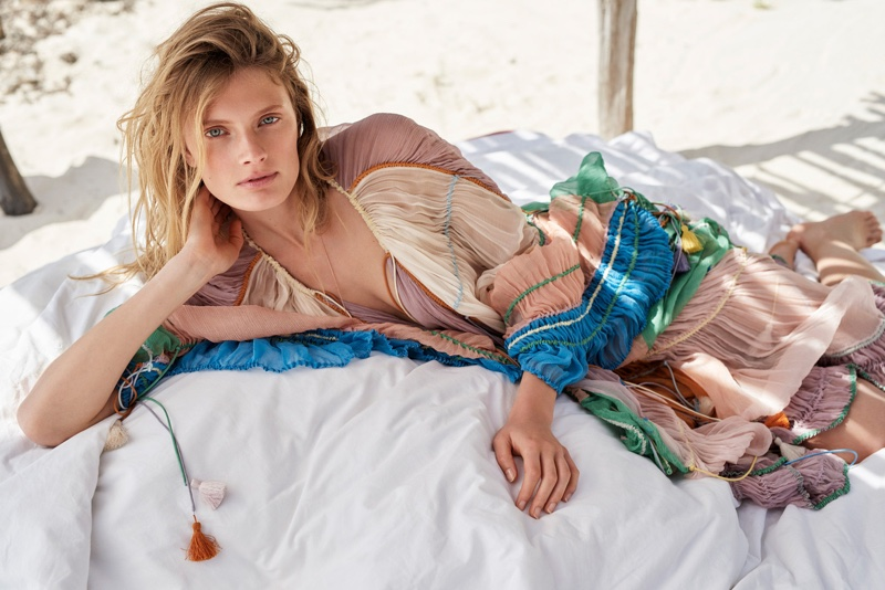 Constance Jablonski Wears Laid-Back Fashion in Glamour France